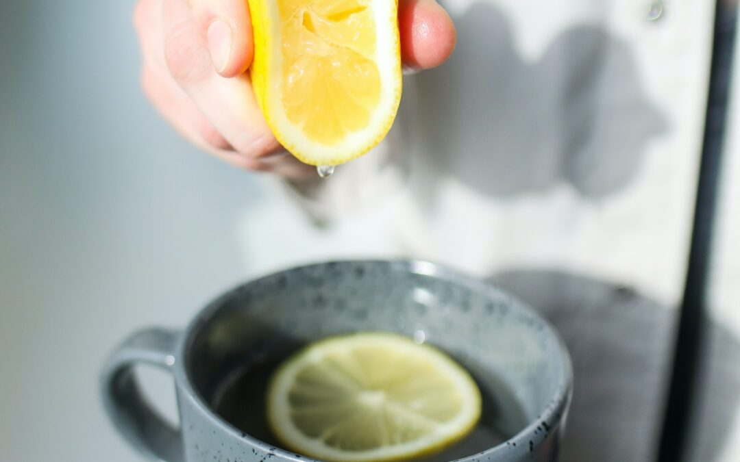 Looking for the best hand juicer? Top 6 review