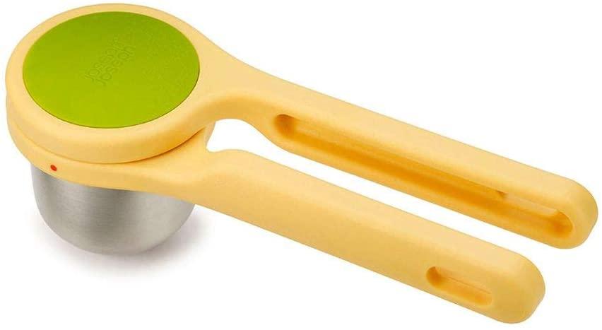 Helix citrus juicer