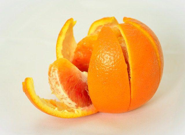 should you peel orange before juicing