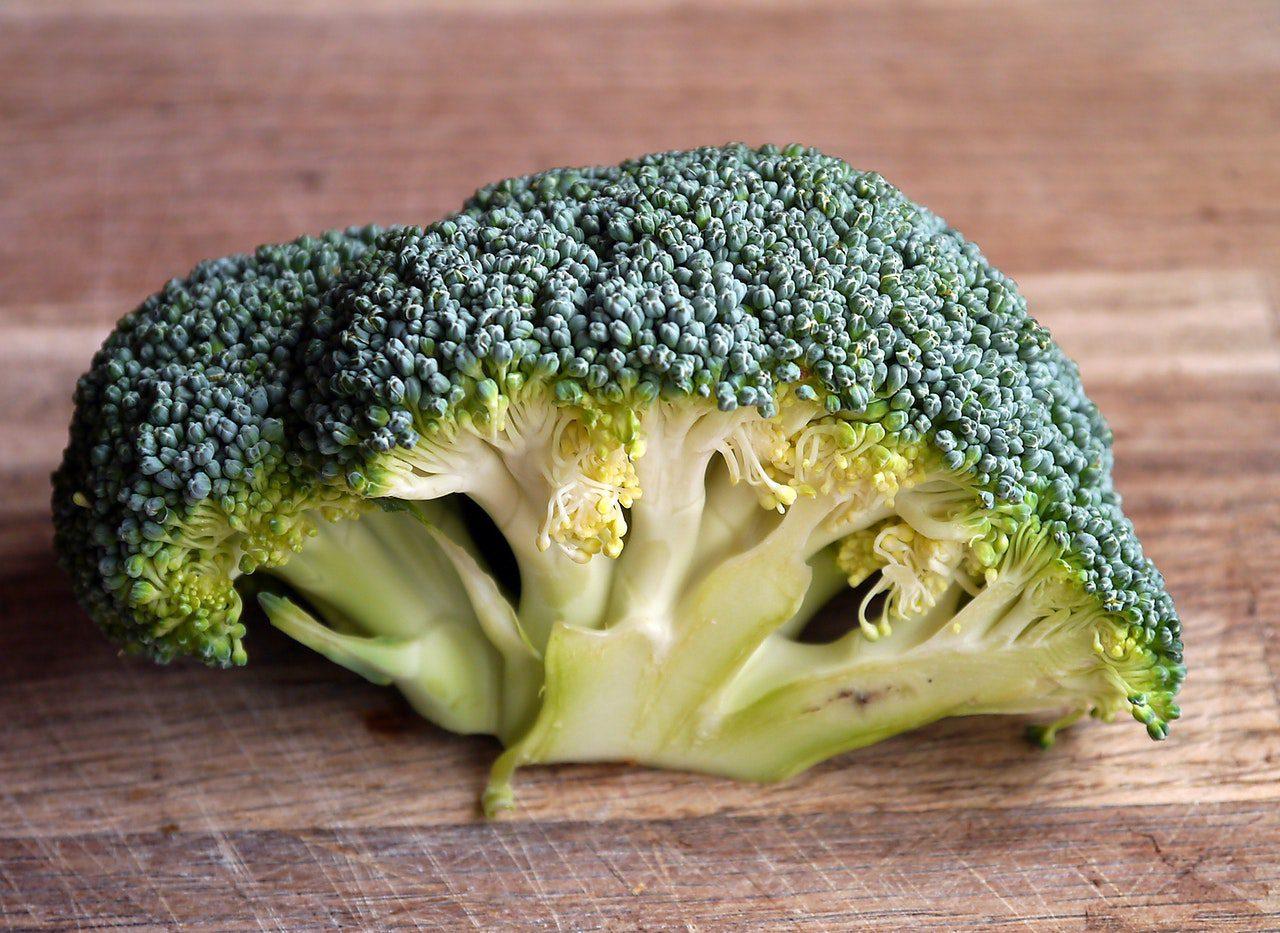 choosing broccoli